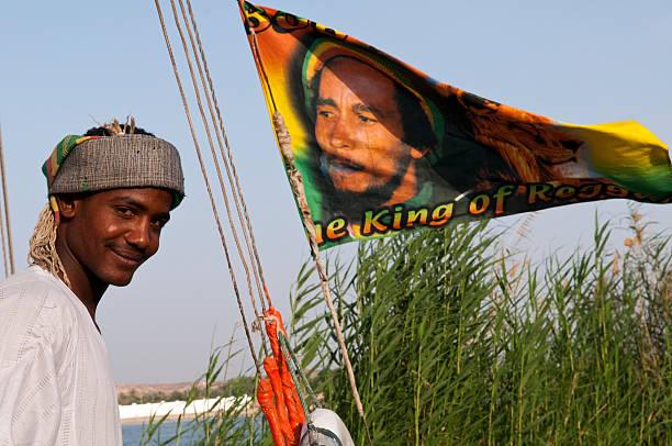 Bob Marley-Flagge und ägyptische Mann in Ägypten – Foto