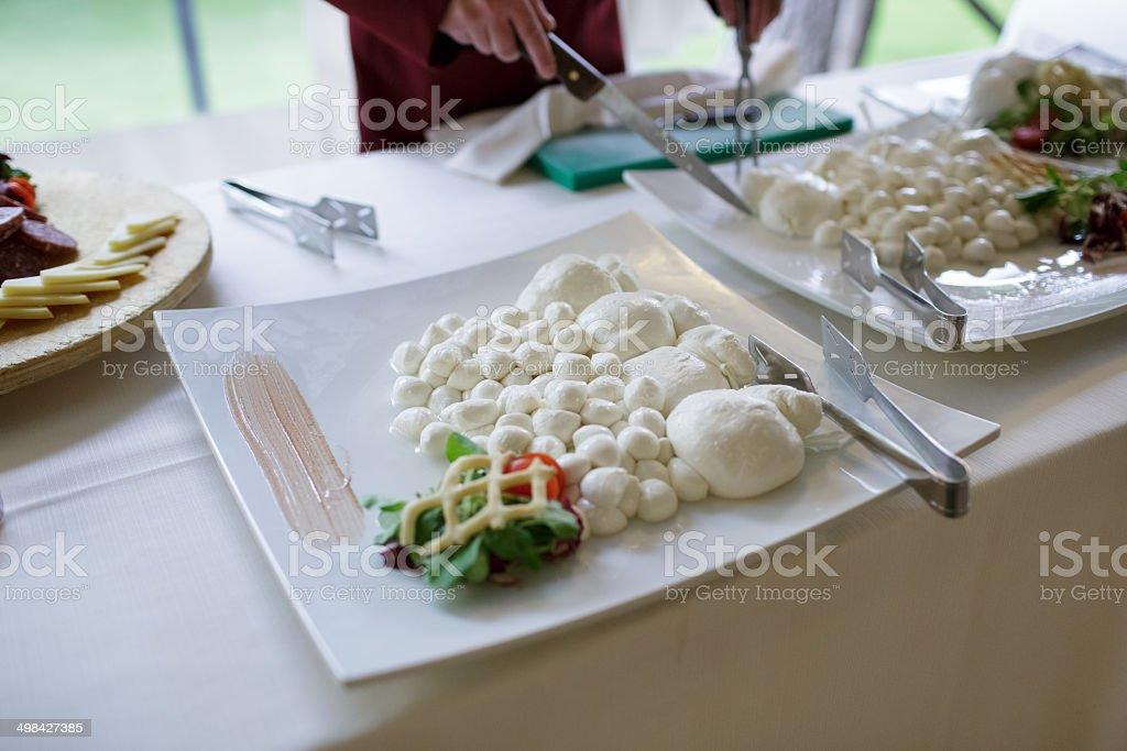 Bocconcini e treccia di mozzarella fresca stock photo