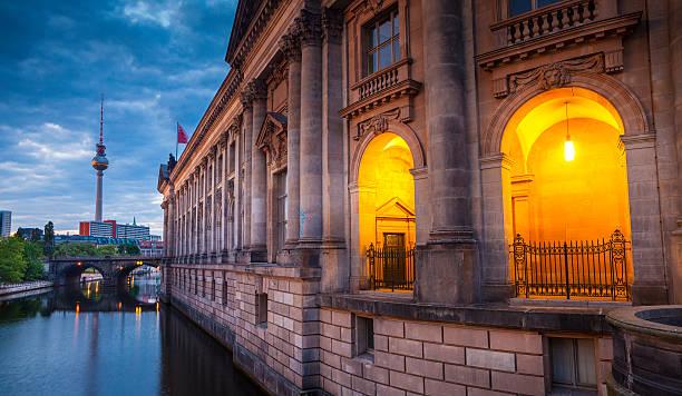 bode-museum, berlin, allemagne - organisme vivant photos et images de collection