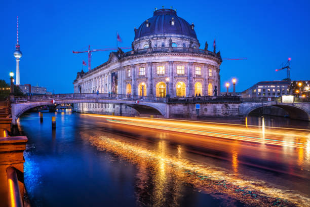 bode museum - brücke museum berlin stock-fotos und bilder