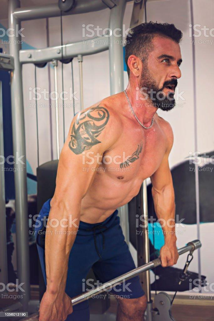 Spor olarak vücut Builder çalışma stok fotoğrafı