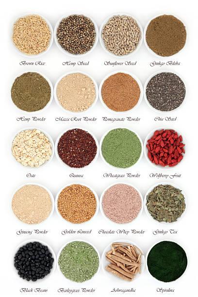 body building health food - quinoa superfood stock-fotos und bilder