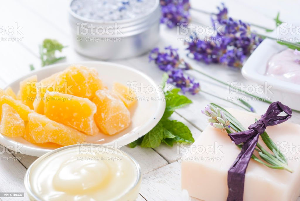 Body care products on white wood, top view stok fotoğrafı