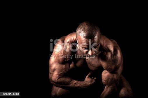 618638418istockphoto Bodybuilder 186850090