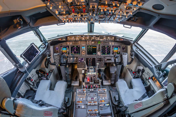 boeing 737, airport pulkovo, russia saint-petersburg 11 november 2016 - cockpit stock photos and pictures