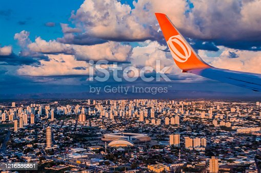 istock Boeing 737, wing view, winglets, Gol - Arena Pantanal Statium, Cuiabá, Mato Grosso, MT - Brazil 1216886851