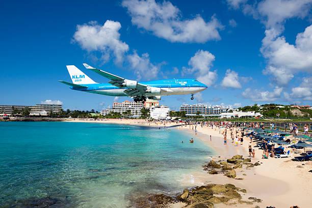 KLM Boeing 747 landing im Maho Beach, St Maarten – Foto