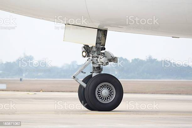 Boeing 747 Nose Landing Gear Stock Photo - Download Image Now