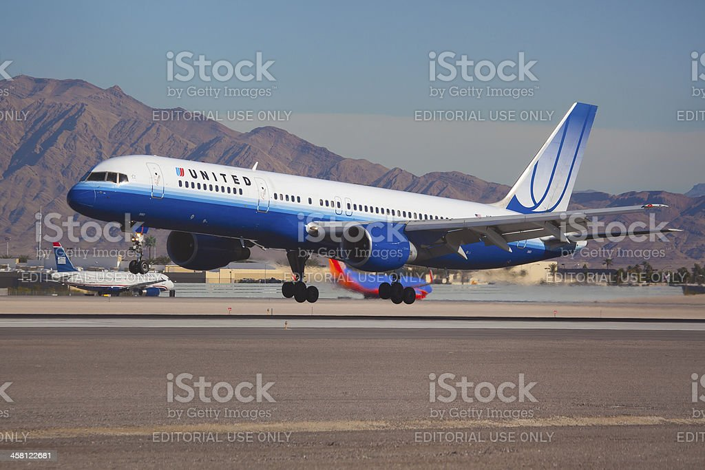 Boeing 757 United Air Lines stock photo