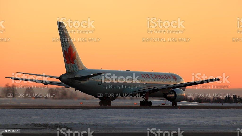 Boeing 767 C-GHLU Air Canada à YOW - Photo