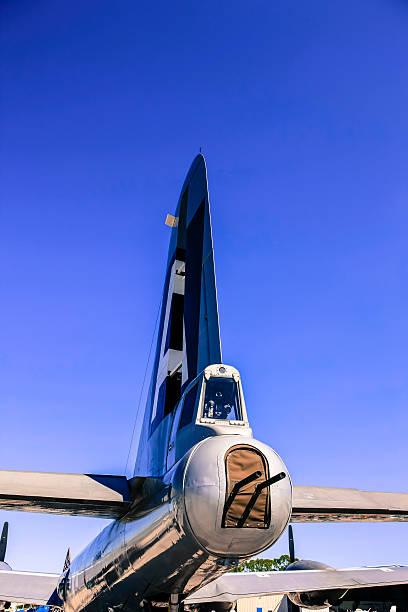 wwii boeing b29 superfortress bomber verteidigungsfront - rudermaschine stock-fotos und bilder