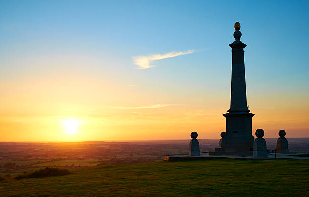 Boer War Memorial In Buckinghamshire Evening sun falls on a memorial to the Boer War. A summer's evening on Coombe Hill in the Chiltern Hills, Buckinghamshire. buckinghamshire stock pictures, royalty-free photos & images