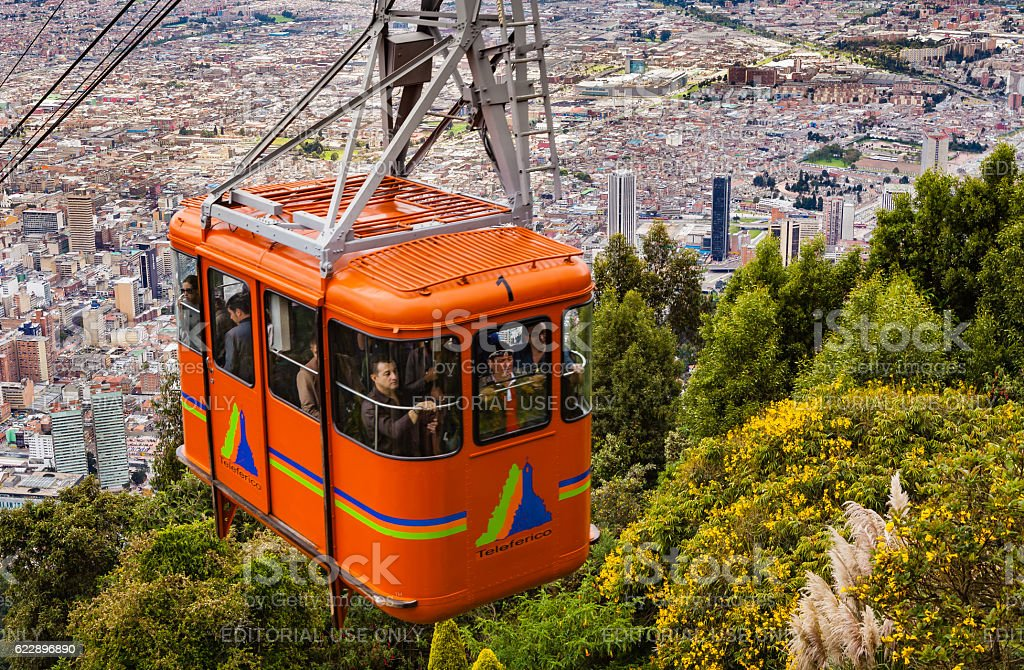 Bogota, Colombia - Cable Car approaching Andean peak of Monserrate - foto de stock