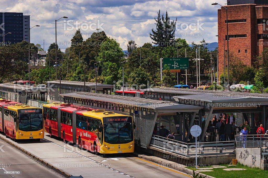 Bogotá、コロンビア-TransMilenio 駅、エル・グレコ Salitre - 2015年のロイヤリティフリーストックフォト