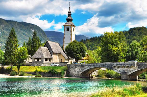 bohinj lake,triglav national park, julian alps, slovenia. - slovenia foto e immagini stock