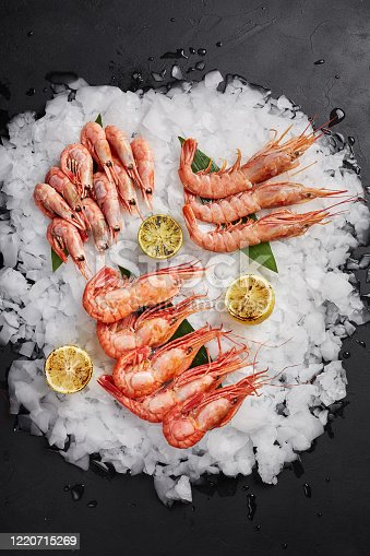 Boiled prawns with