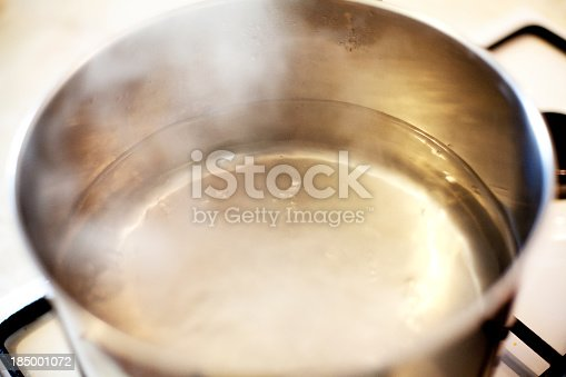istock boiling water 185001072