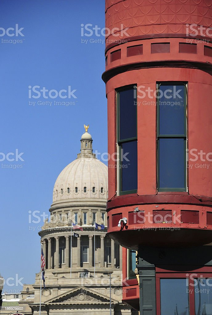 Boise, Idaho, USA: red guerite and State Capitol stock photo