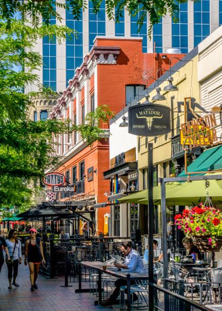 Boise, Idaho - Ansicht der Aktivität an der 8th Street – Foto