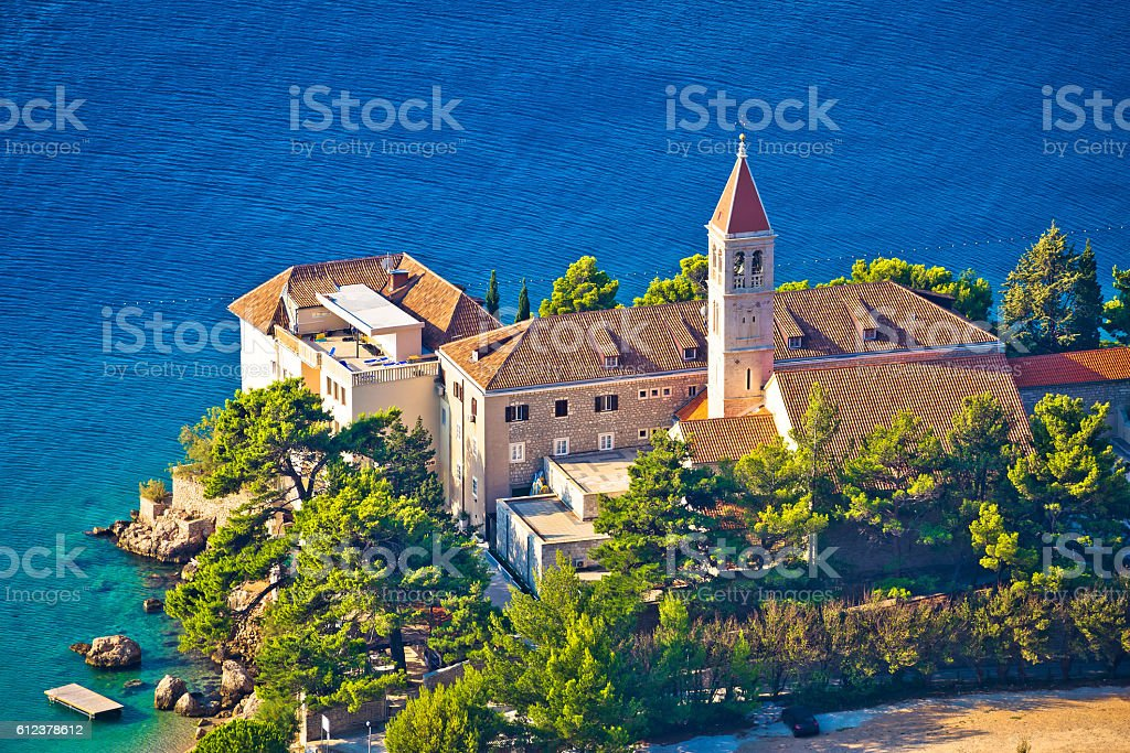 Bol church and monastery on Brac coast – Foto