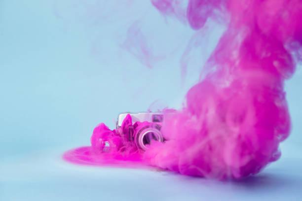kräftige farben - lila waffe stock-fotos und bilder