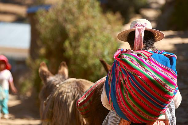 bolivian woman - 玻利維亞 個照片及圖片檔