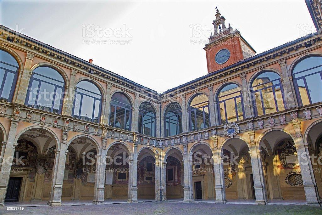 Bologna – atrium des Archiginnasio – Foto