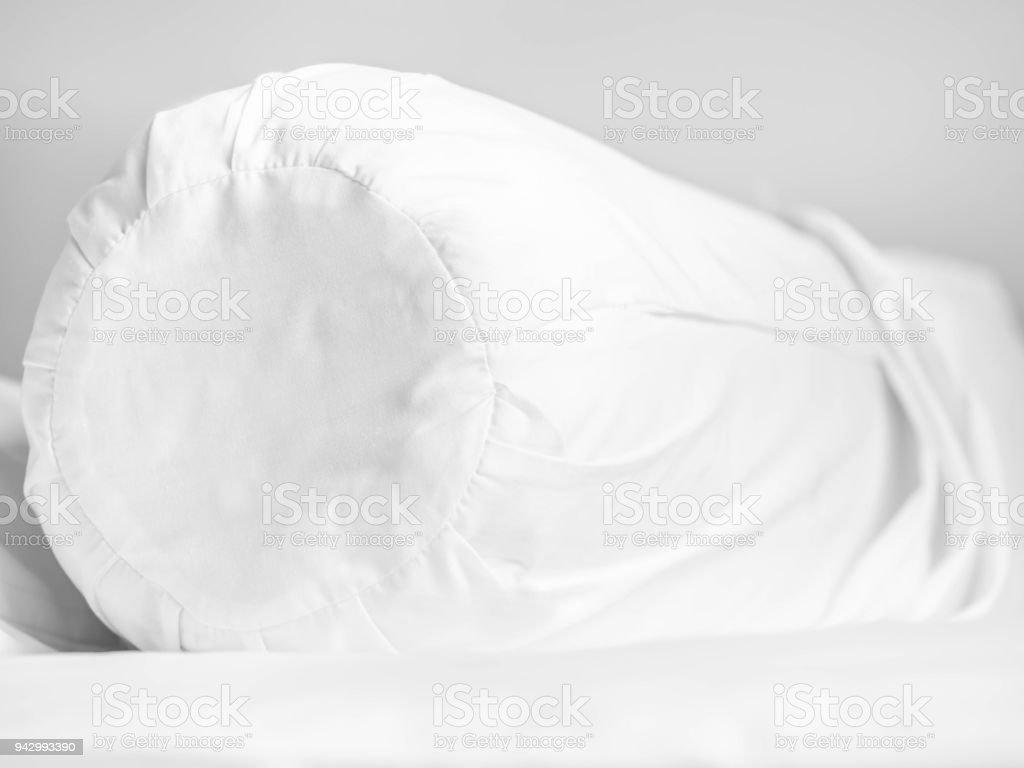 Housse De Traversin Et Fermeture à Glissière Sur Le Lit Dans La Chambre à  Coucher Pour