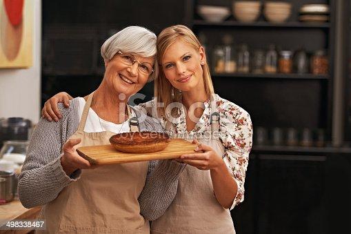 istock Bonding over baked goods 498338467