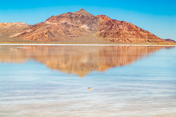 Bonneville Salt Flats The Bonneville Salt Flats in Utah with beautiful reflection bonneville salt flats stock pictures, royalty-free photos & images