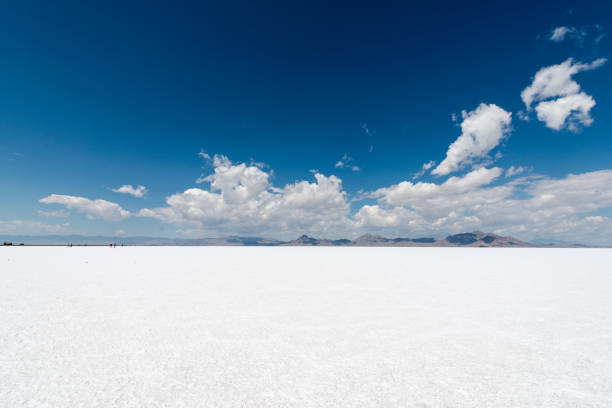 Bonneville Salt Flats The open expanse of the Bonneville Salt Flats in Utah, USA. bonneville salt flats stock pictures, royalty-free photos & images