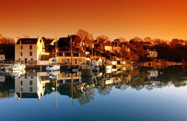 Le lever du soleil de Bono en Bretagne - Photo
