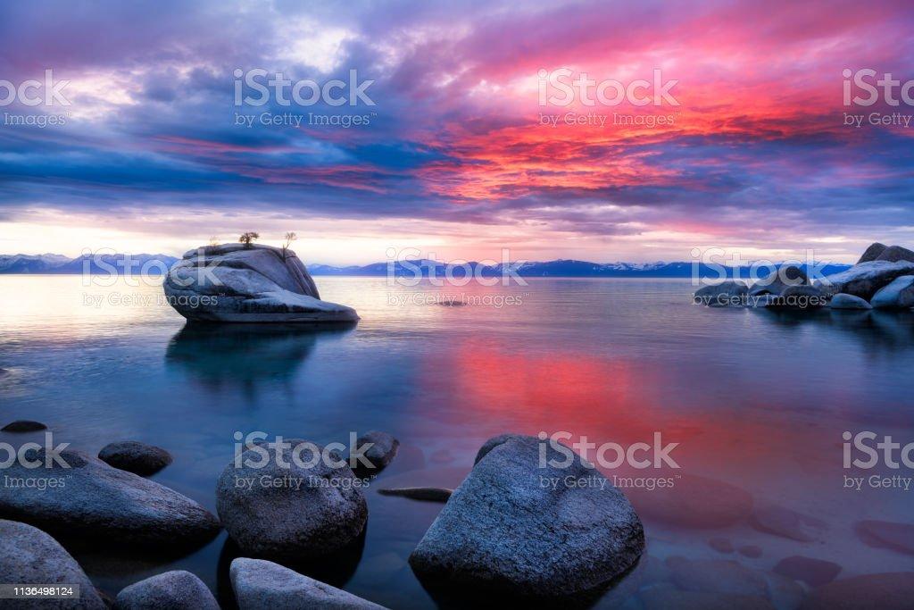 Bonsai Rock Lake Tahoe Sunset Nv Stock Photo Download Image Now Istock