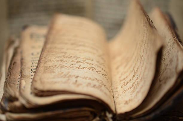 libro - antico vecchio stile foto e immagini stock