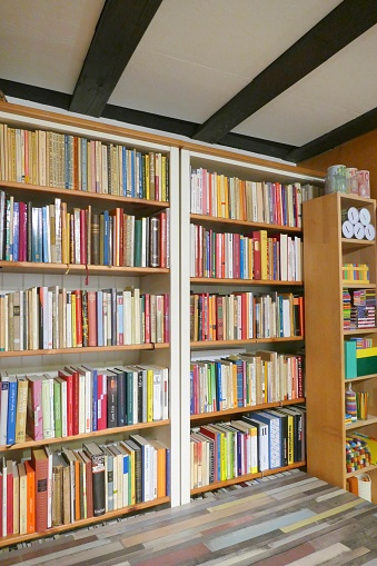 Book shelves fully packed in library