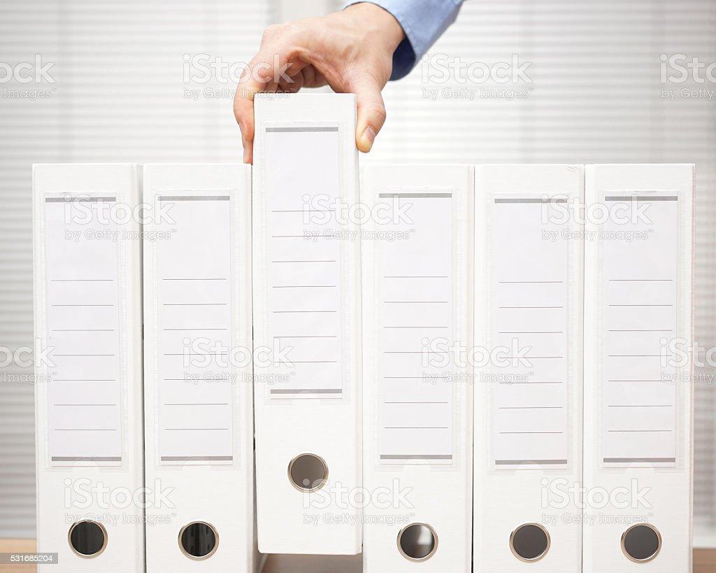 buchhalter hat eine binder aus dem Archiv, Buchhaltung und Buchhaltung – Foto