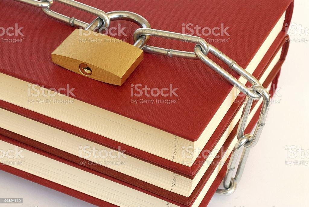 書籍のチェーン - アクセスしやすいのロイヤリティフリーストックフォト