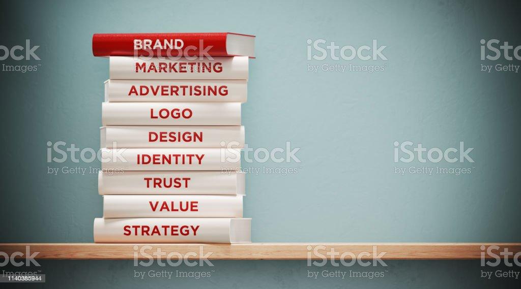 전면 회색 벽에 광고 및 브랜딩 책 - 로열티 프리 0명 스톡 사진