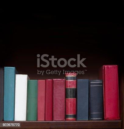 istock Books on the shelf 922675770