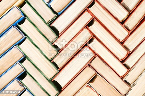 istock Books texture and background 1135164534