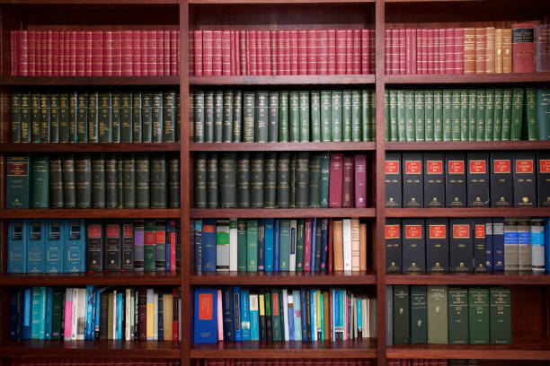 bookshelf of irish legal books - principio foto e immagini stock