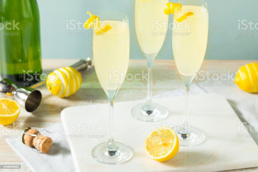 Arrosée de citron pétillant Français 75 Cocktail - Photo