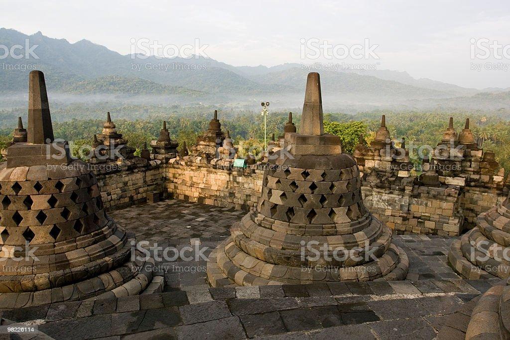 Tempio di Borobudur al tramonto foto stock royalty-free