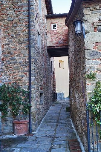 Borro 마을 토스카 0명에 대한 스톡 사진 및 기타 이미지