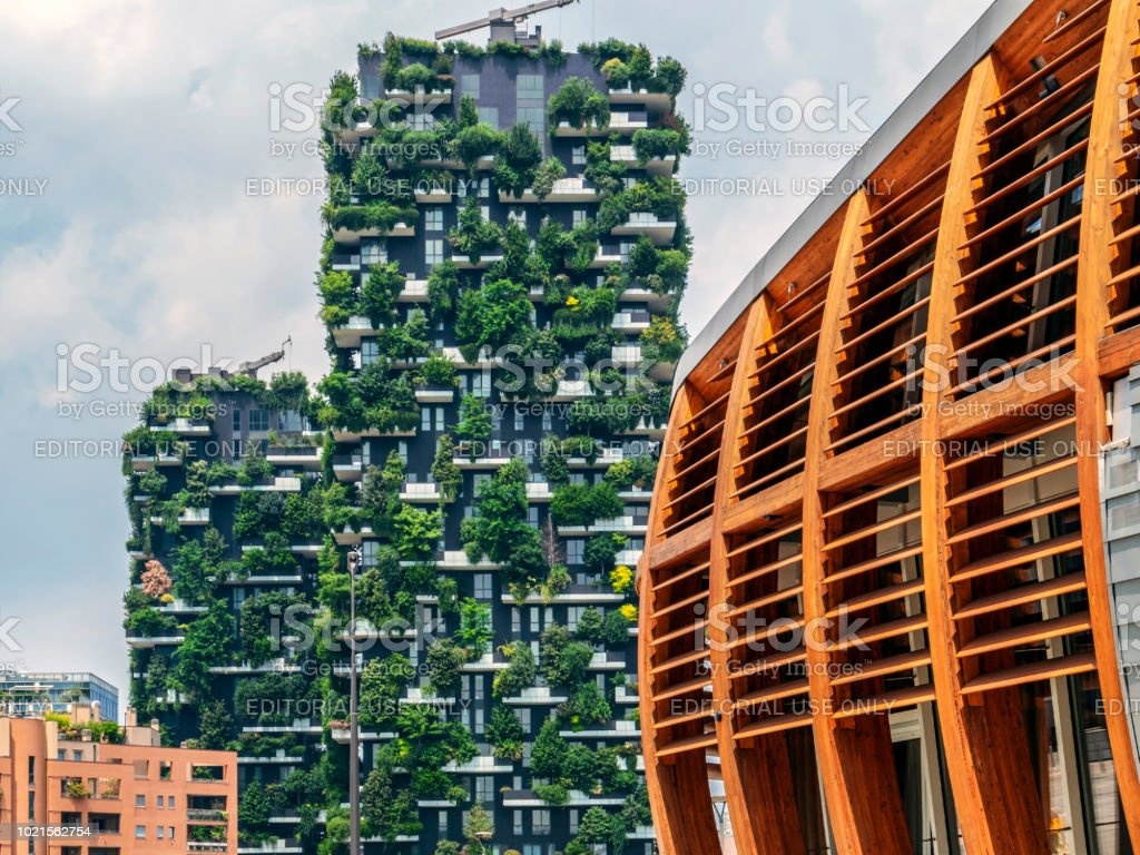 Bosco Verticale and wood building, Milan, Italy - foto stock