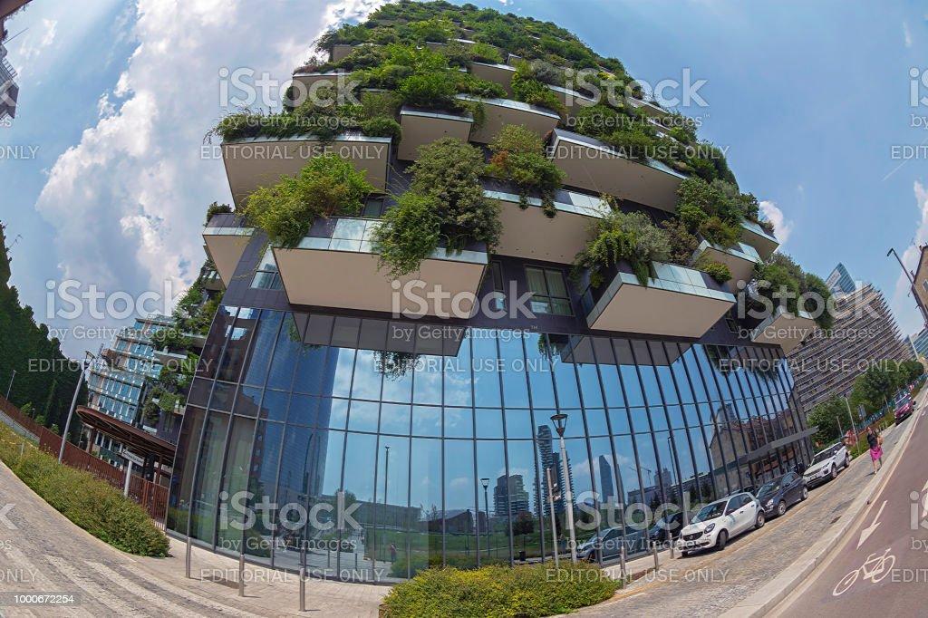 Bosco Verticale in Milan, Italy - foto stock