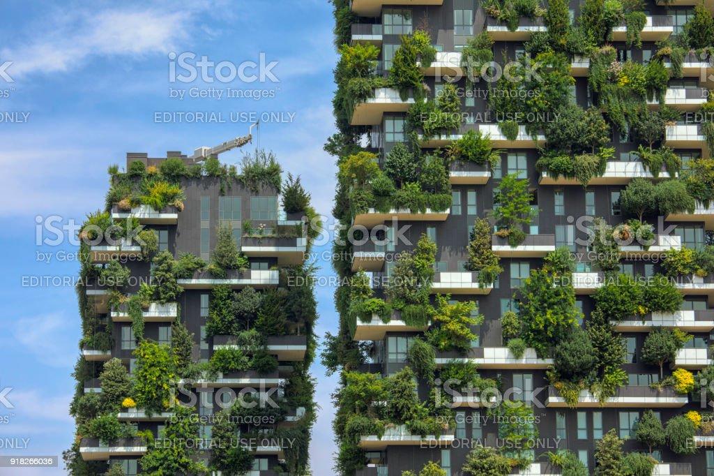 Bosco Verticale, Milán - foto de stock