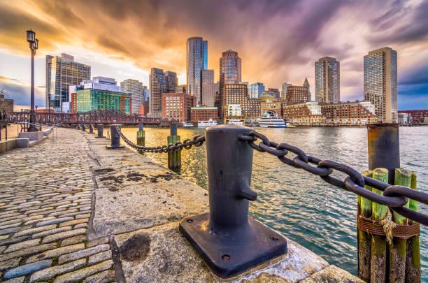 haven van boston, massachusetts, verenigde staten - massachusetts stockfoto's en -beelden