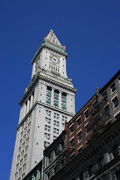 boston - klokkentoren met luidende klokken stockfoto's en -beelden