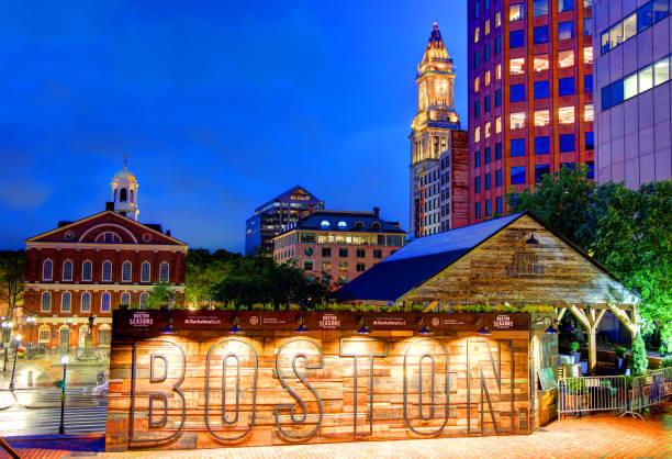 boston seasons at city hall plaza - boston massachusetts stockfoto's en -beelden
